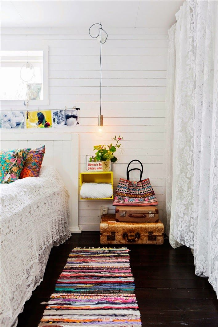 i'm loving the suitcases as a side table!