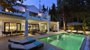 No villa is the same, but what they have in common is that they are all unique and in their own way make your purchase experience out of the ordinary. :- http://bit.ly/1bzZgnv #Marbella_Real_Estate #Luxury_Villas_in_Marbella