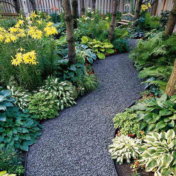 В любом саду должно быть идеальное место для уединенного отдыха. Какие выбрать элементы и растения. Полное руководство о создании садового уголка релакса.