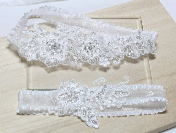 White Bridal Garter Set  Lace Garter Set Wedding by MirinoBridal