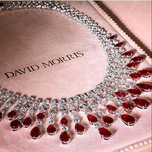 Изумительные украшения от #DavidMorris#украшения#бриллианты#золото
