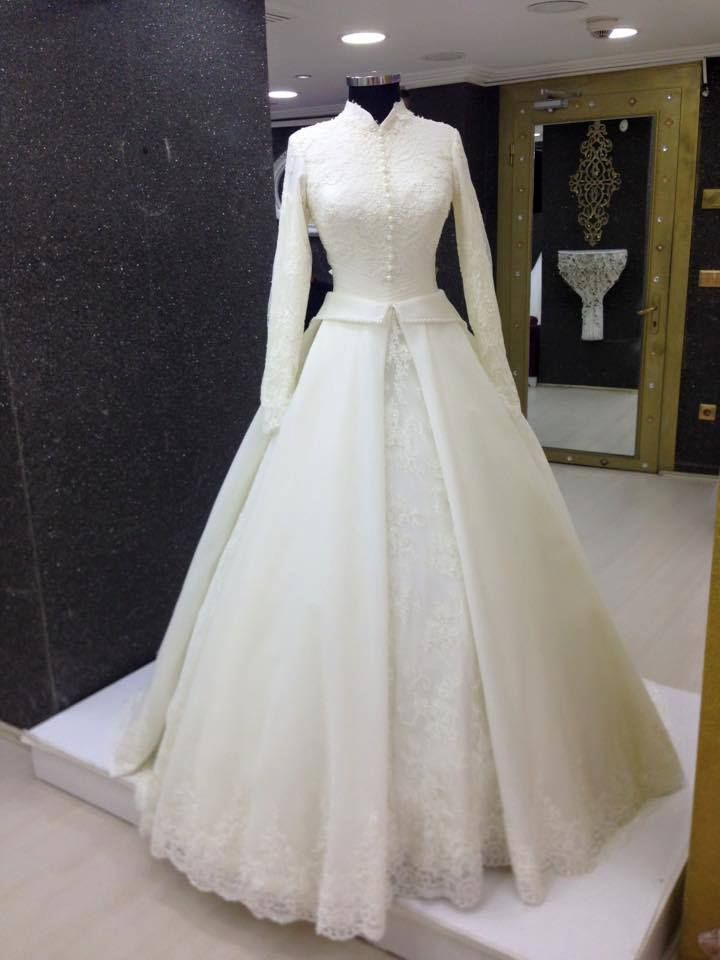 White modest gown very amazing clothing chic for Wedding dress malaysia online