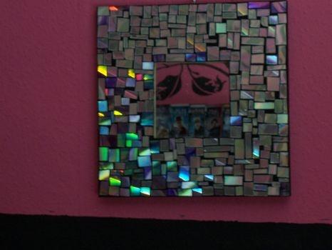 CD mosaic mirror @Cut Out & Keep