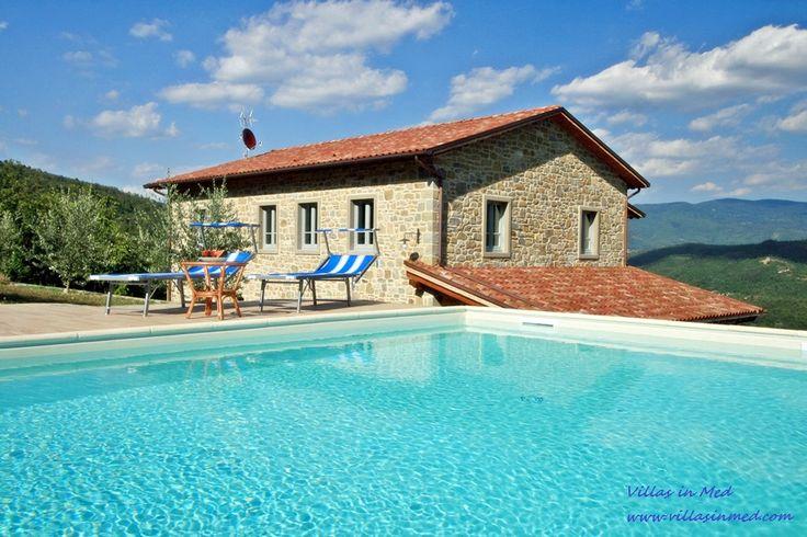 CASA BIANCA - Talla - Arezzo  12 PAX - 6 BEDROOMS - 6 BATHROOMS  Private swimming pool www.villasinmed.com