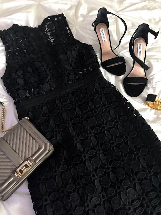 Honey We're Home: What to Wear for a Girls Weekend Black crochet dress Black Heel