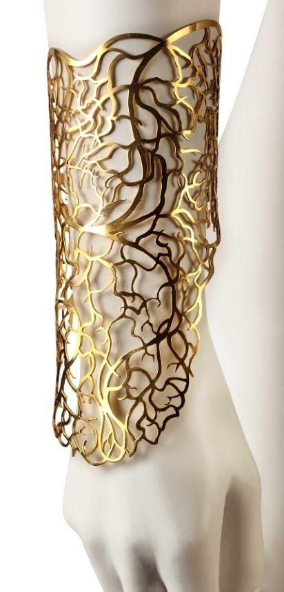 "Cuff | Eina Ahluwalia. ""Through my veins"". Brass, 22 carats gold plating"