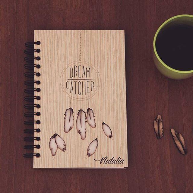 Un regalo especial, acompañado de un sabroso café y escritos profundos.  #momentosmaderitos #libretas
