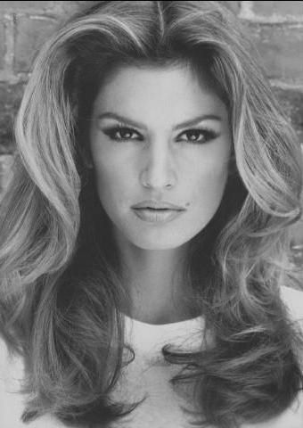 Such a classic beauty. Cindy Crawford.