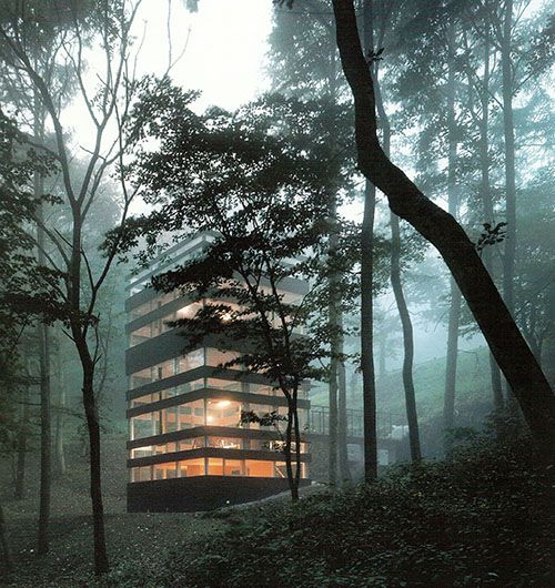 architags: in close communication with …. roomonfiredesign: Designed as a weekend getaway, 'Ring House', by Takei Nabeshima Architects is located in Karuizawa, about an hour from Tokyo. The dense shield of trees surrounding the site made it possible to design a transparent building that conveys a sense of living in nature.
