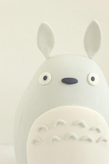 hello naomi: Totoro cake.