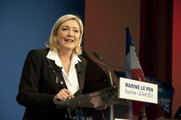 SKANDAL! Parlament Europejski pozbawił Marine Le Pen immunitetu! Kandydatka na prezydenta Francji zbyt niewygodna?