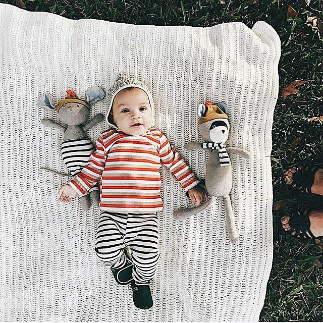 Baby boy clothes. Stripe shirt for boys. Handmade clothes for stylish baby boys. Thanks to @stacimichaud for the cutest pic!