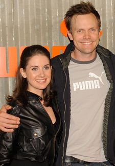 Joel McHale and Alison Brie Talk Community Season 2, Betty White, and...