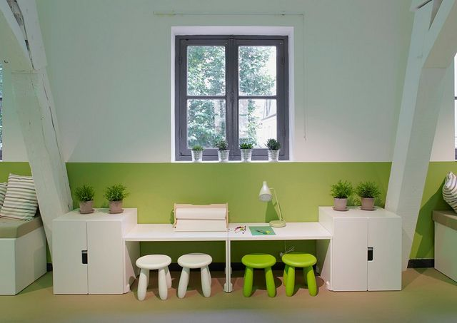 Possible playroom/craft area set up?  (STUVA from Ikea)