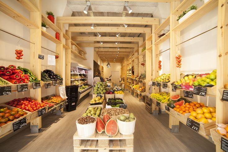 _lamercè. fruit & nutrition store in barcelona. Muntaner 100. #nutrition #healthy