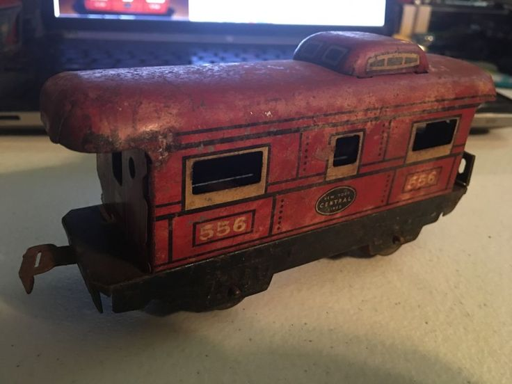 VINTAGE MARX TIN NEW YORK CENTRAL LINES 556 CABOOSE CAR TOY TRAIN #Marx