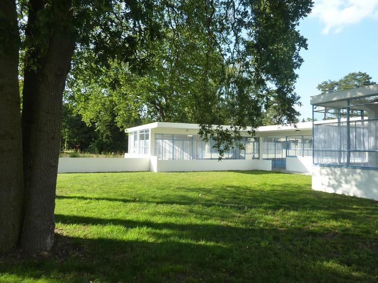 How beautiful modernism can be! Duiker, sanatorium Zonnestraal in Hilversum (foto Willy van der Steen)