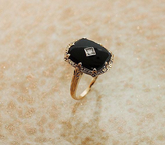 Antique 14k Yellow Gold Black Onyx and Diamond Ring