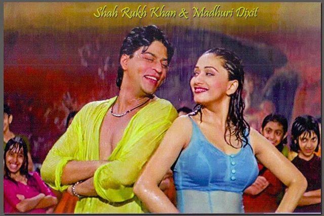 #Vintage #Bollywood #Romance #Rain #ShahRukhKhan #MadhuriDixit @iamsrk @madhuridixitnene #whichmuvyz #GuessTheMovie #instagood #instadaily #instapic #muvyz