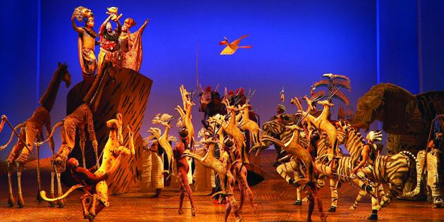 The Lion King és un musical basat en la pel·lícula animada de Disney del 1994, amb música d'Elton John i lletres de Tim Rice. Dirigida per Julie Taymor, el musical presenta actors vestits d'animals, així com titelles gegants. El musical s'estrenà el 8 de juliol de 1997.