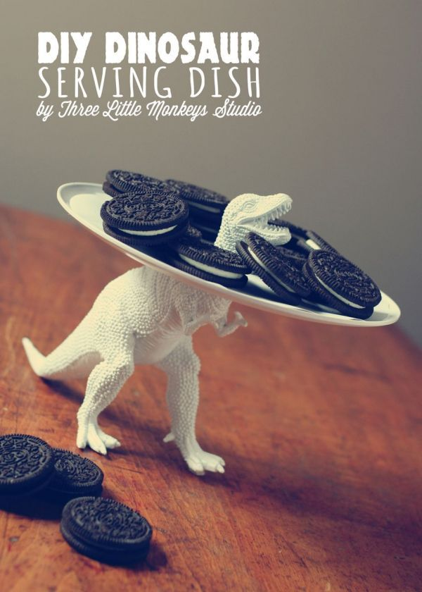 DIY Dinosaur Serving Dish, maybe for one of the boys birthday parties or something. :) @Jen Sullivan