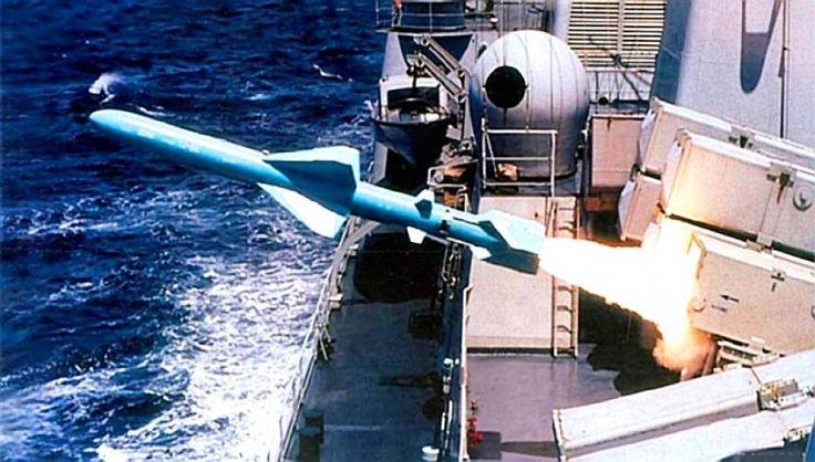 Πρωτοφανής στην παγκόσμια ιστορία πολλαπλή πυραυλική επίθεση με κινεζικά βλήματα C-802 κατά τριών αμερικανικών πολεμικών στην Υεμένη! | ProNews.gr