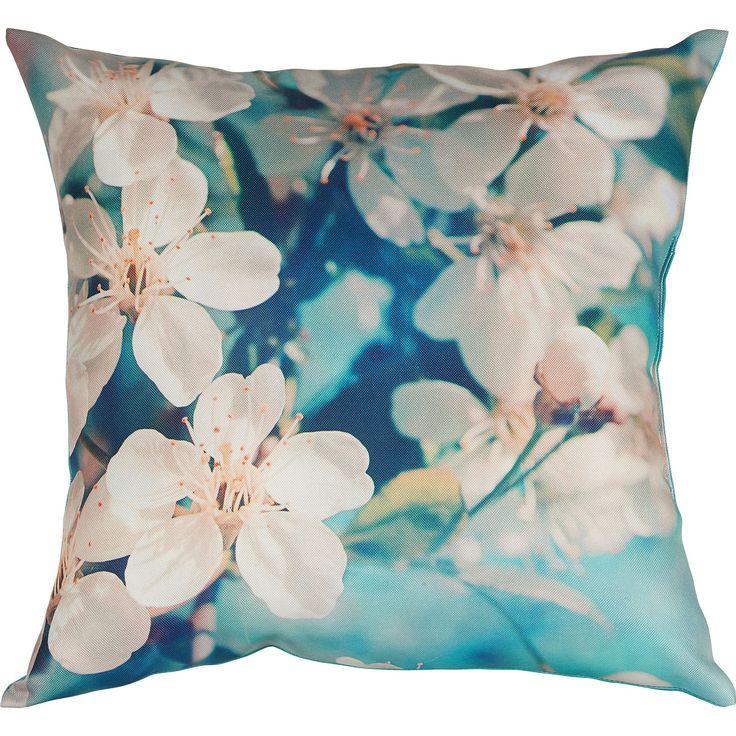 Geef je tuin nog meer kleur met deze gezellige buitenkussens met bloemdessin. Kleur: groen. Afmeting: 45 x 45 cm. #tuin #tuinkussen #bloemen #KwantumLente