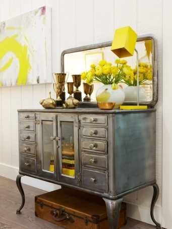 Sarah Richardson, metal side table, beautifuldesign, yellow accents, interior decorating, vignette..Gandmas chest?