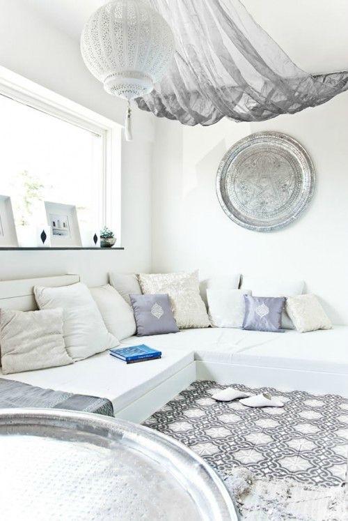 Visite deco photo decoration marocaine tout en blanc