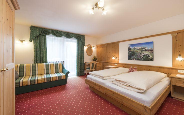 4d53cea9d4dcb7c1a7665e5498e05339  family room - Hotel La Pineta Selva Di Val Gardena