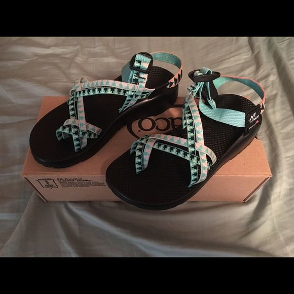 Topo Designs x Chaco ZX/2 Women's Sandal Limited edition sandals with fresh colors and designs. Size 8 M. Never been worn. Chacos Shoes Sandals