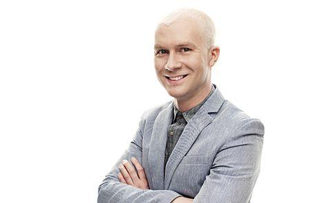 Sisustusarkkitehti Mikko Vesanen ymmärtää, että säästöt tuovat turvallisuutta. Viimeksi säästöjä tarvittiin hänen oman asuntonsa remontissa.