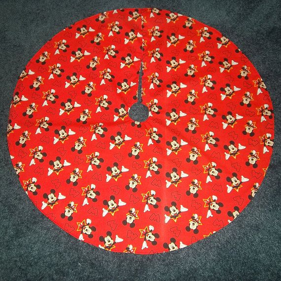 Mickey Mouse Minnie Mouse Reversible Christmas Tree Skirt