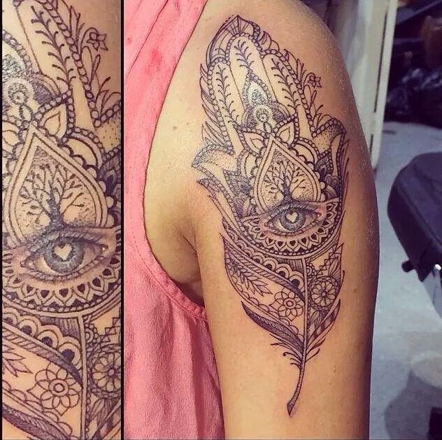 Hamsa Tattoo Design on Pinterest | Hamsa Tattoo, Small Hamsa ...