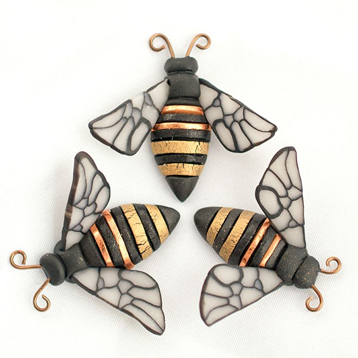 Honey Bee by Linda Webb Clay ~ x