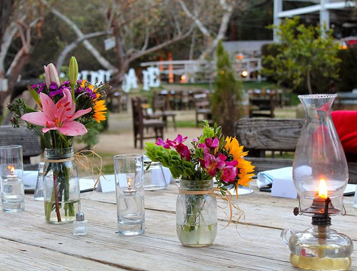 Activities to do in Malibu, California: Malibu Cafe.