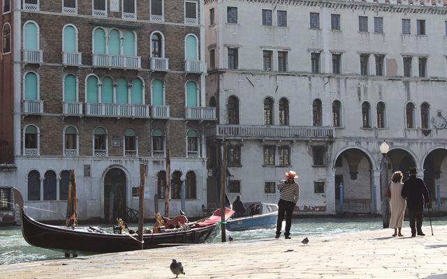 Voici un petit guide et des bons plans pour passer un week-end à Venise de 2 ou 3 jours, ce qui suffit pour découvrir les différents quartiers de la ville.