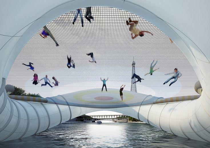 Photo de Pont Trampoline - Paris, France   Trampolines
