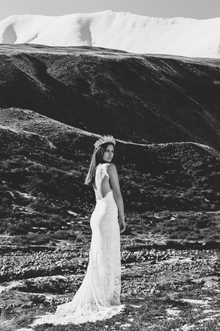 Alexandra | Grace Loves Lace | The Oracle Editorial #bohoweddingdress #bohemianweddingdress #laceweddingdress