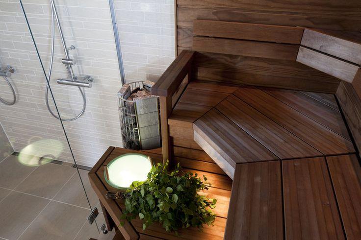 Villa Elpidan saunassa on tilaa hemmottelulle, lisää ideoita www.lammi-kivitalot.fi
