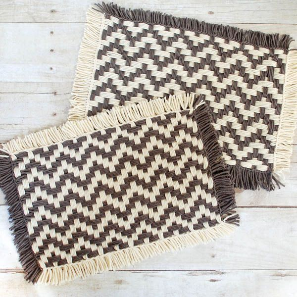 """How to Weave Placemats on a Loom - I haven't used a loom to weave since I was a kid and forgot how much fun it is! I thought some placemats would be a nice idea so played around and LOVE how they came out! And of course I wanted to share the """"how to"""" with all my yarn loving friends ..."""