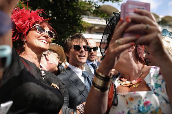 Tom Cruise Photos - Ladies Day at Glorious Goodwood - Zimbio