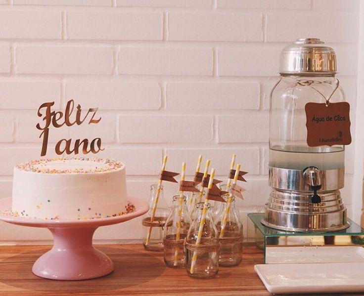 """982 curtidas, 11 comentários - Luisa Meirelles (@luisameirelles) no Instagram: """"ficou lindo o nosso espaço no dia que inauguramos e comemoramos 1 ano de @shop.luisameirelles ✨ As…"""""""