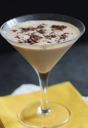Boston Cream Martini | The Drink Kings 1 1/2 ounces vodka, 1 ounce Irish Cream, 1 ounce chocolate liqueur, Dash vanilla extract Chocolate shavings, to garnish