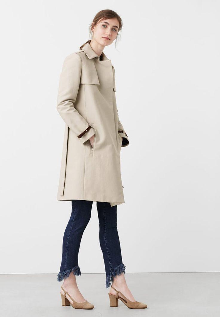 17 meilleures id es propos de trench femme beige sur pinterest trench beige manteau femme. Black Bedroom Furniture Sets. Home Design Ideas