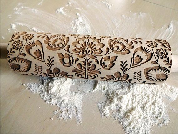 Folk Embossing Rolling Pin. FLOWERS pattern. Engraved rolling pin with flowers for embossed cookies or pasta. Useful in pottery