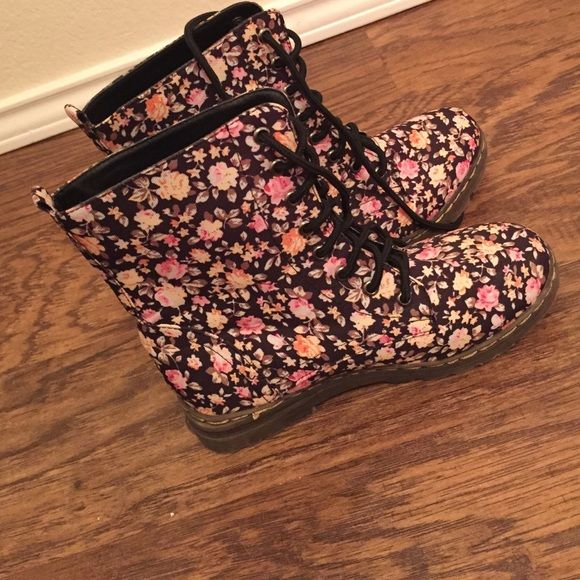 floral combat boots vintage cute floral combat boots.                          worn once, no sign of wear Shoes Lace Up Boots