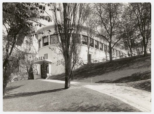 Lars Backer – A Pioneer of Norwegian Modernism,Lars Backer, Restaurant Skansen, 1927. Image © Ukjent (Nasjonalmuseet)