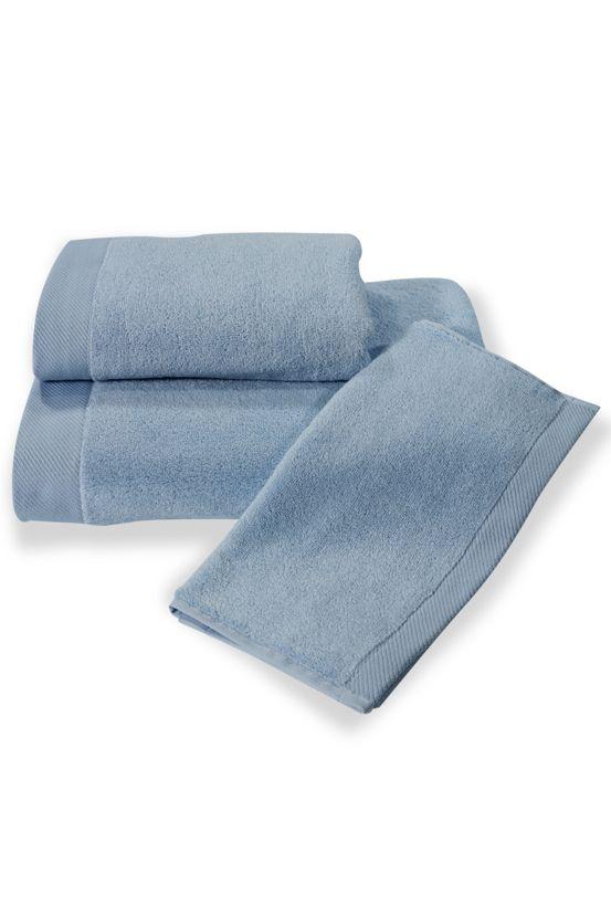 Ręczniki z mikrobawełny mają większą chłonność, lepiej zachowują kolory i łączą w sobie najlepsze właściwości bawełny.