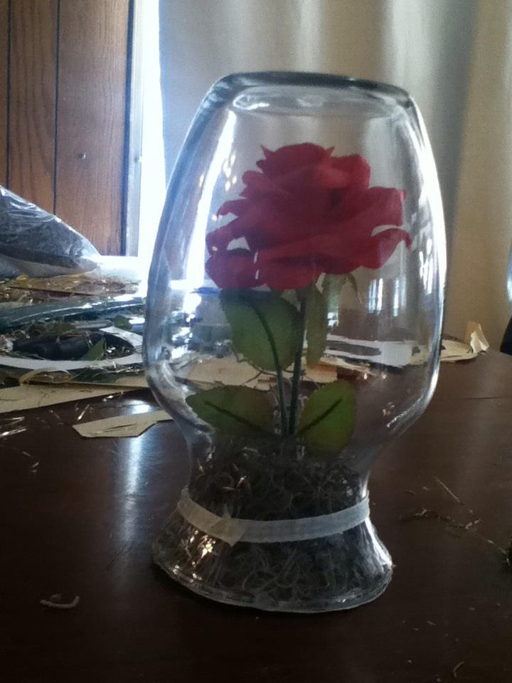 280 best images about my sweet 16 beauty and the beast on for Beauty and beast table decorations